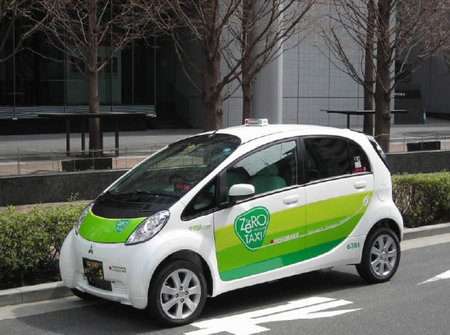 zero taxi thumb 450x335 First electric car taxis to hit the streets of Tokyo on Thursday