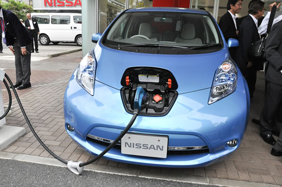 Nissan leaf Nissan to launch LEAF to Home power supply system in Japan in mid June