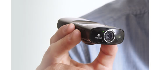 webcam Logitech Broadcaster Wi Fi Webcam lets you stream and record like a pro