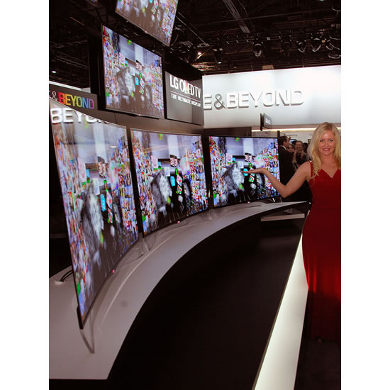 lGOLED TV curved LG shows its first OLED TV with Curved Screen at 2013 CES